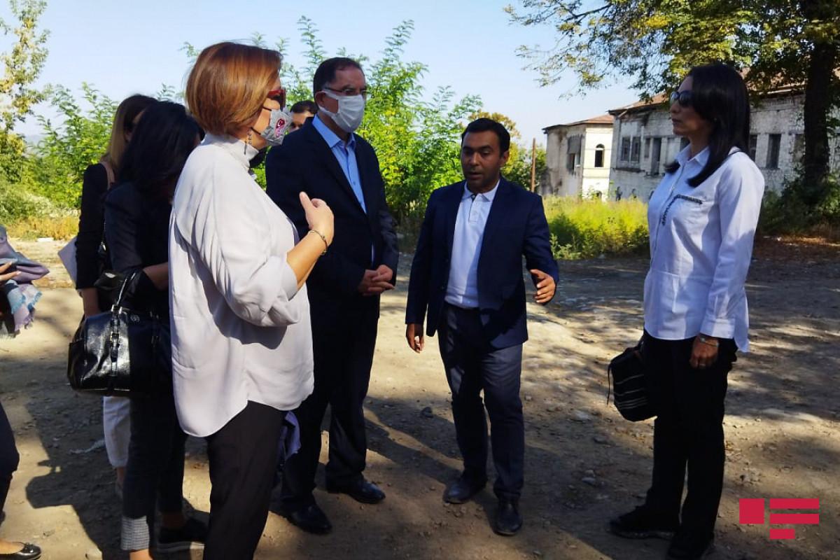 İƏT Ombudsmanlar Assosiasiyasının nümayəndə heyəti Şuşada