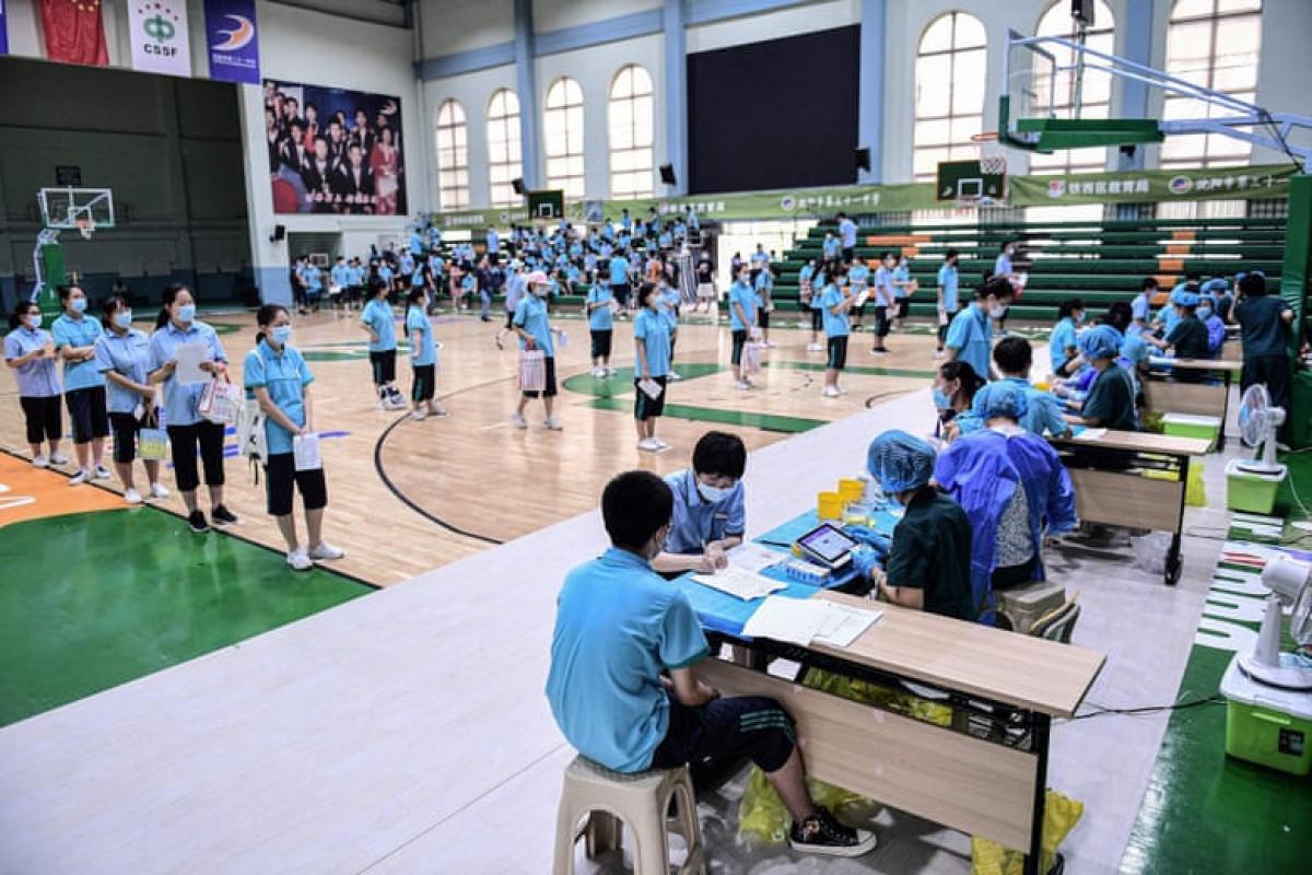 China vaccinates 1 billion people