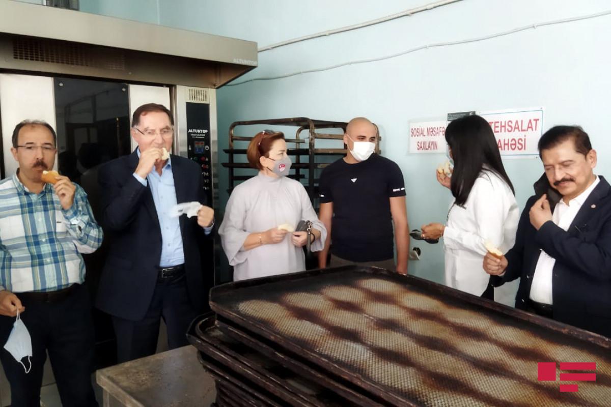 Nümayəndə heyəti Şuşada çörək istehsalı müəssisəsində