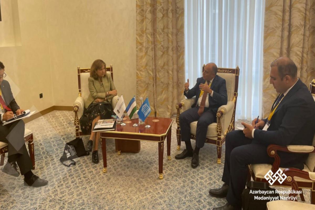 Министр обсудил с руководством ЮНЕСКО вопрос об отправке оценочной миссии в Карабах
