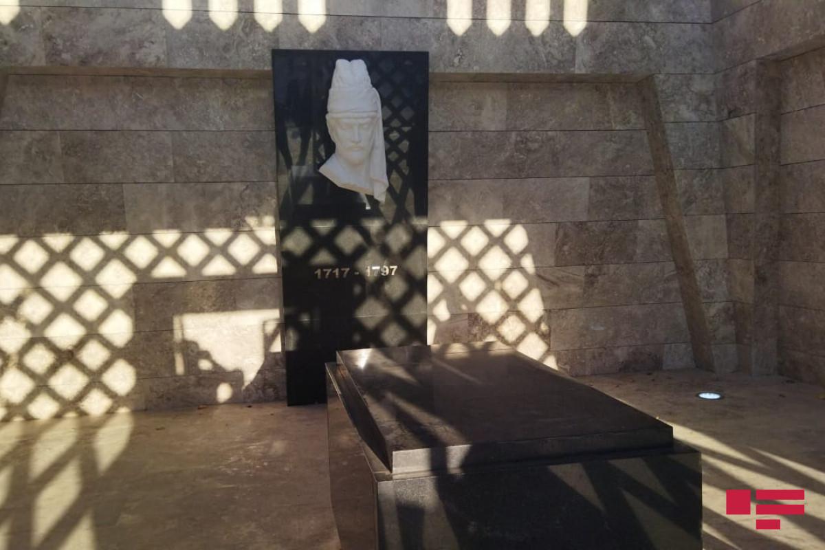 Мавзолей Вагифа в Шуше