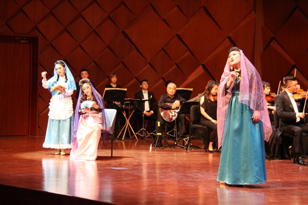 """Operetta """"The Cloth Peddler"""" by the great Azerbaijani composer Uzeyir Hajibeyli was once again staged in China"""