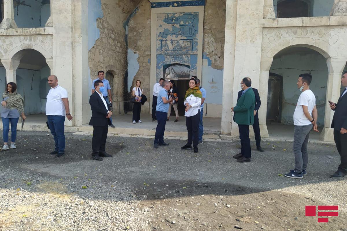 Делегация Ассоциации омбудсменов ОИС побывала в Агдамской джума-мечети