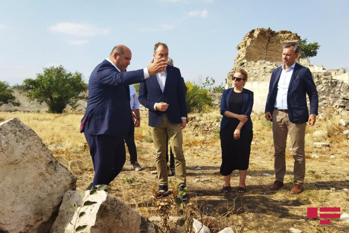 Спецпредставитель Президента Азербайджана: Спецпредставитель ЕС стал свидетелем вандализма армян