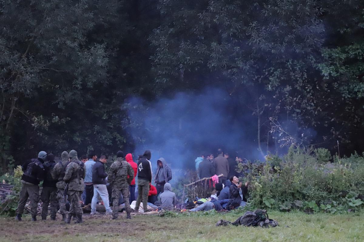 Polşa-Belarus sərhədində 8 qanunsuz miqrant bataqlığa düşüb