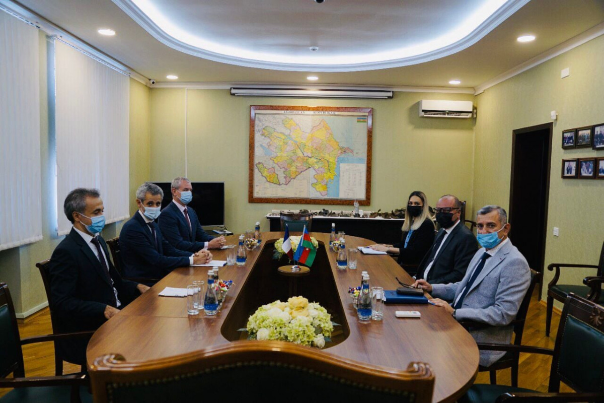 Document to be signed between Azerbaijan and France regarding support to demining operations