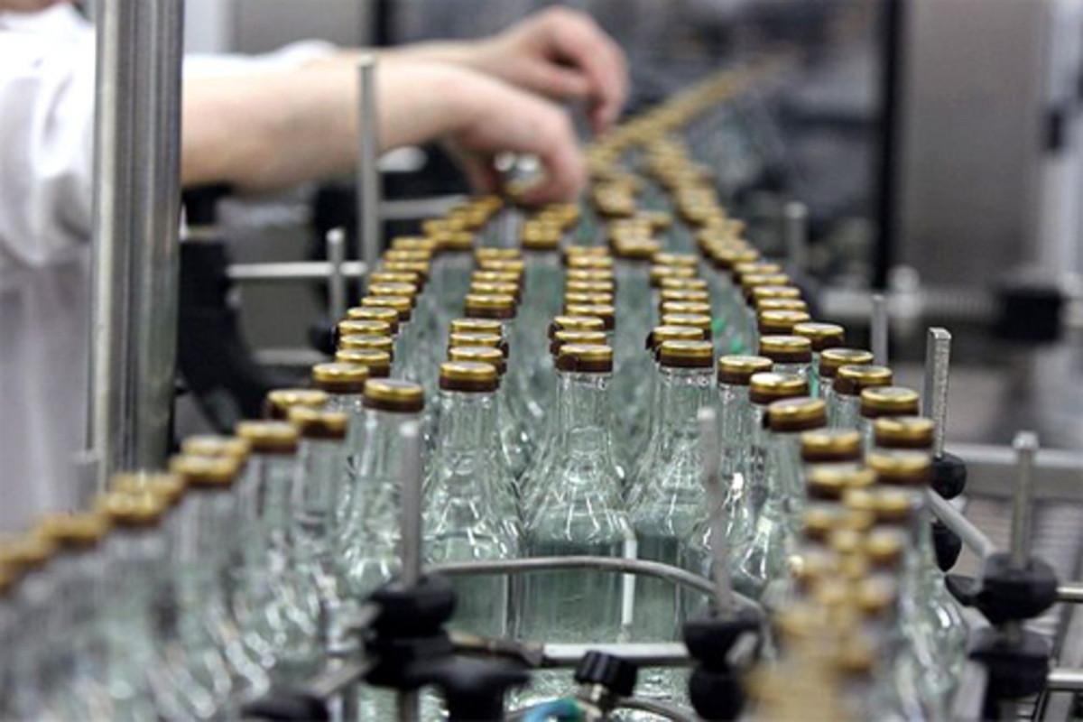 Azərbaycanda alkoqollu içki istehsalı ilə bağlı fəaliyyətin lisenziyalaşdırılması təklif olunub