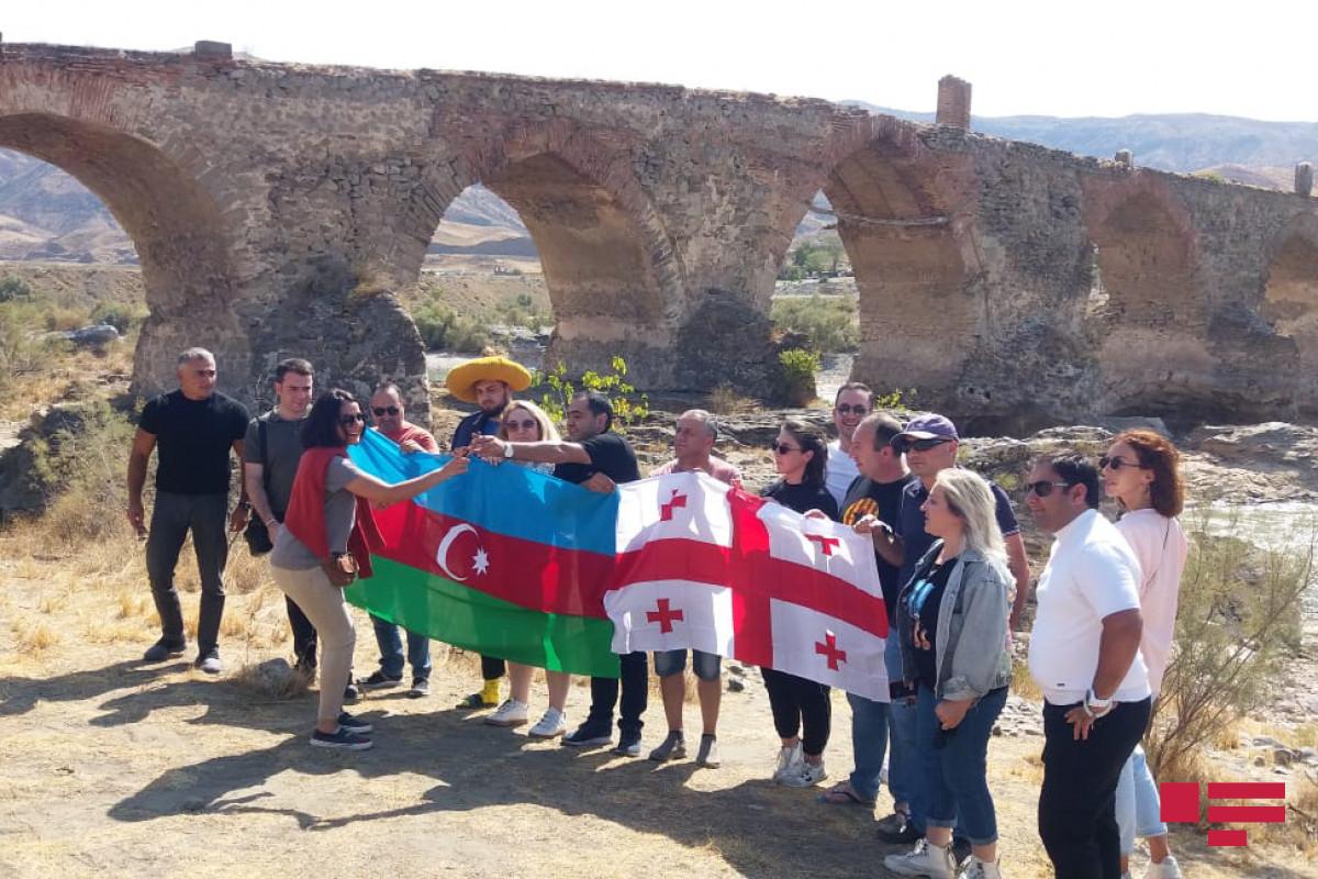 "Georgian journalists visit Khudafarin bridges, view ruins of Khudafarin village-<span class=""red_color"">PHOTO"