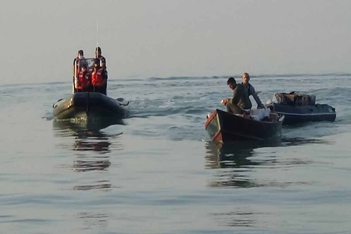 ГПС: Пресечена контрабанда табачных изделий в Каспийском море