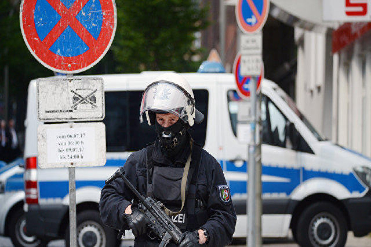 German police detain suspect in bus hostage drama