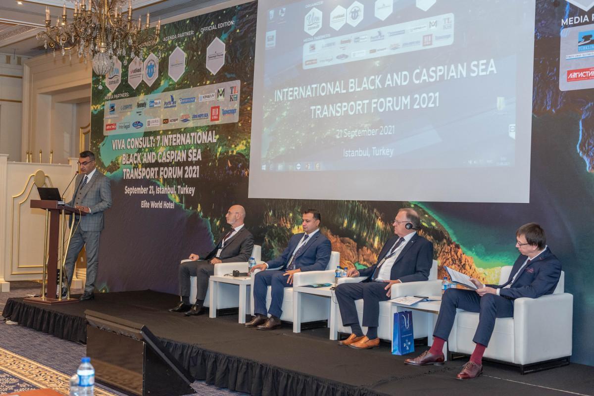 Azərbaycan beynəlxalq nəqliyyat forumunda iştirak edib