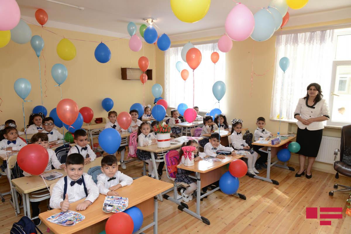 Отменено требование, согласно которому в классах за каждой партой должен был сидеть всего один ученик