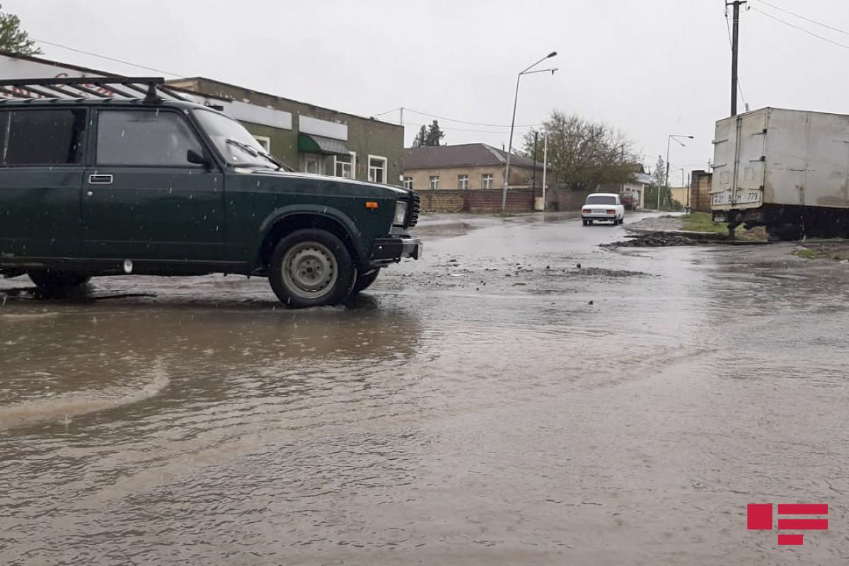 Ливневые дожди нанесли ущерб инфраструктуре Балакена и Загаталы