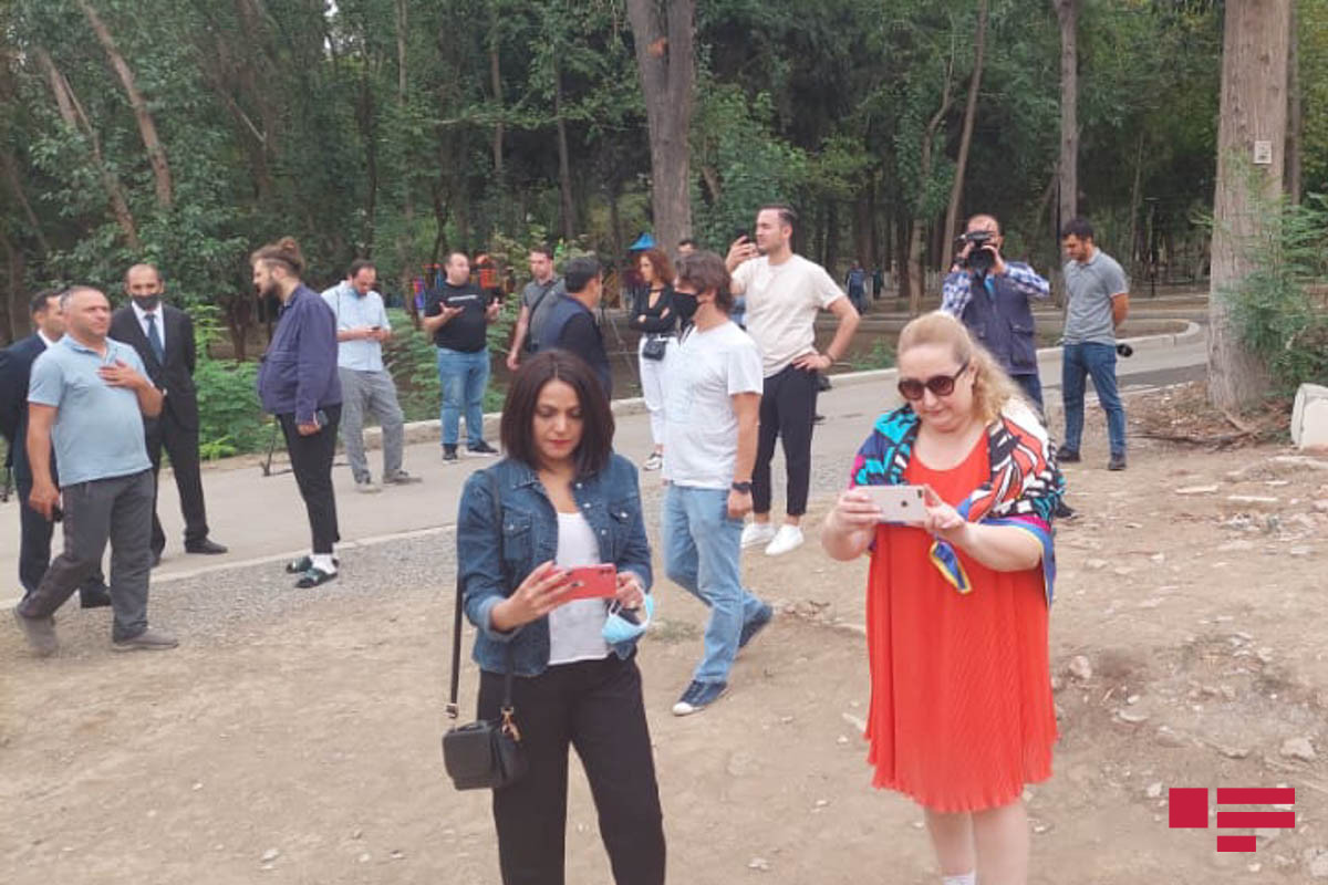 """Журналисты и блогеры из Грузии посетили Гянджу-<span class=""""red_color"""">ФОТО"""