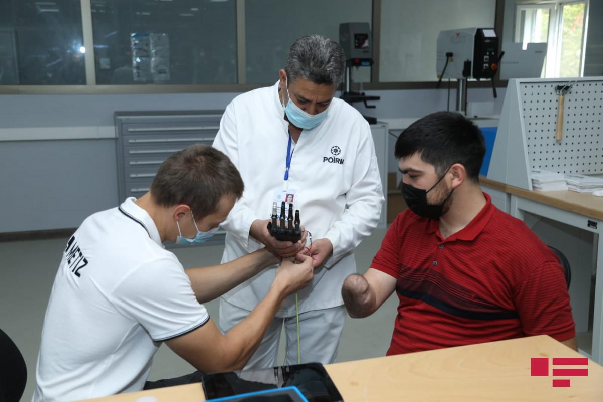 Yuxarı ətrafları amputasiya olunmuş qazilərin yüksək texnologiyalı protezlərlə təminatına başlanılır