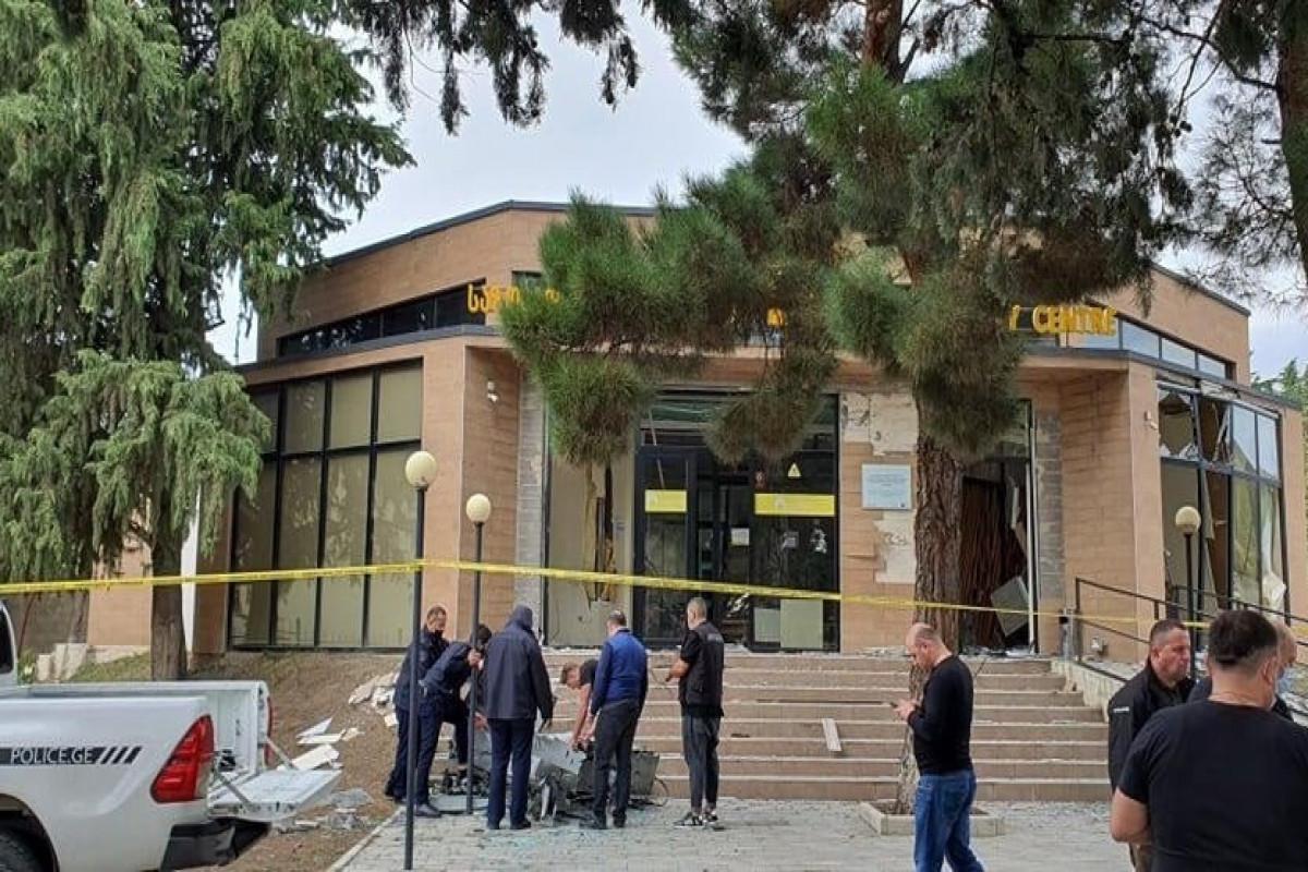 В Гардабани неизвестные взорвали банкомат