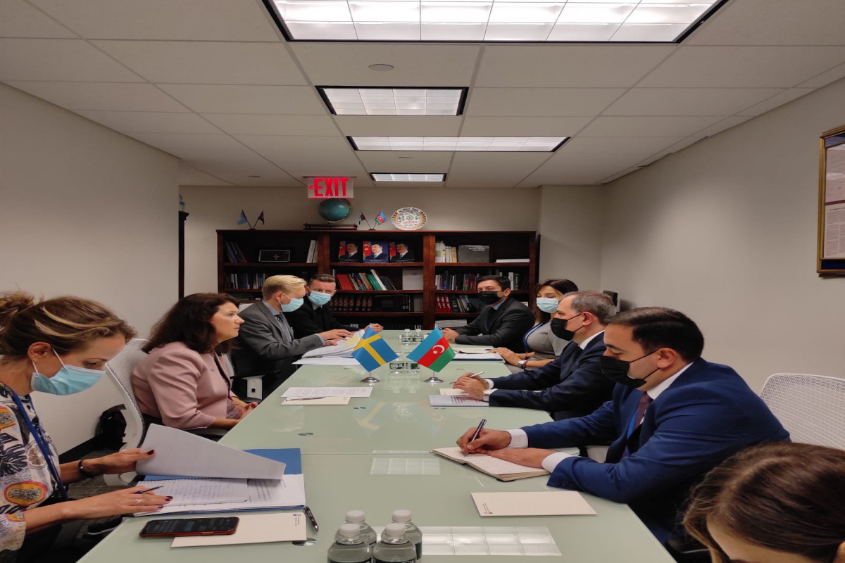 Azerbaijani FM informs OSCE Chairperson-in-Office on behavior of Armenia that is contrary to Trilateral Statement