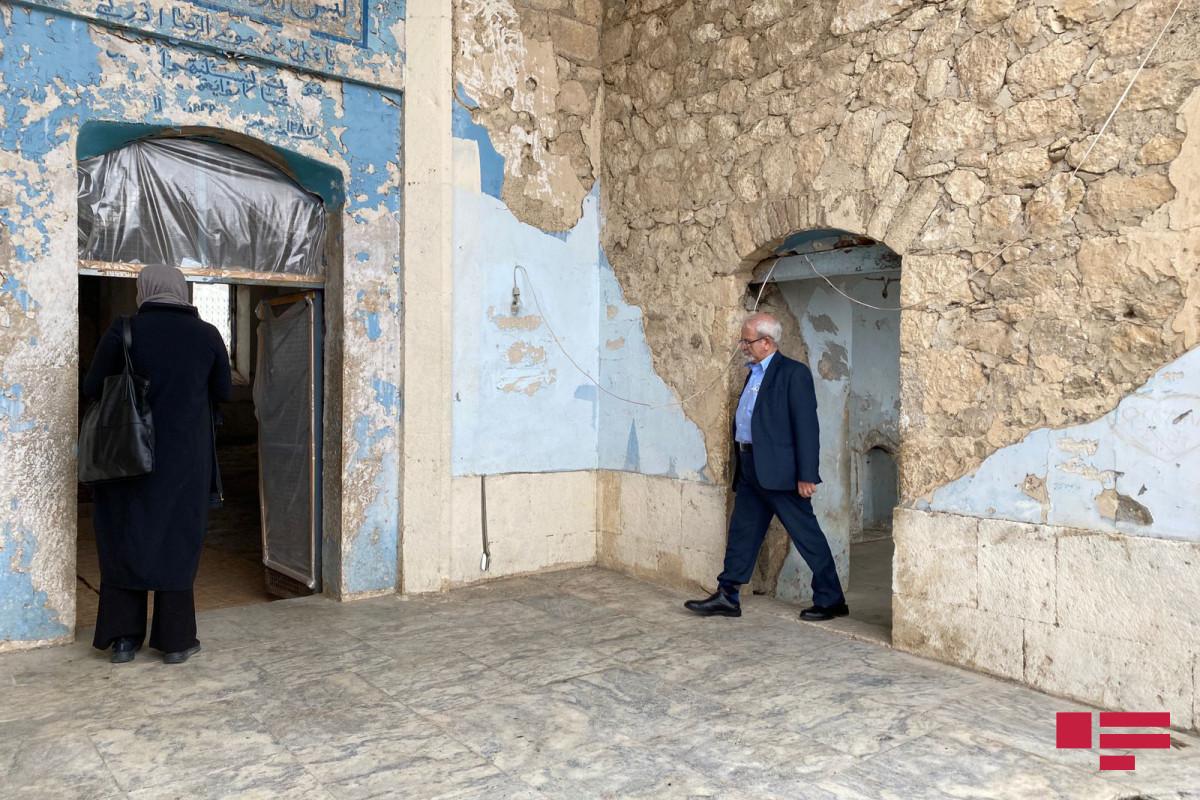 Замминистра иностранных дел Ирана совершил намаз в агдамской мечети Джума