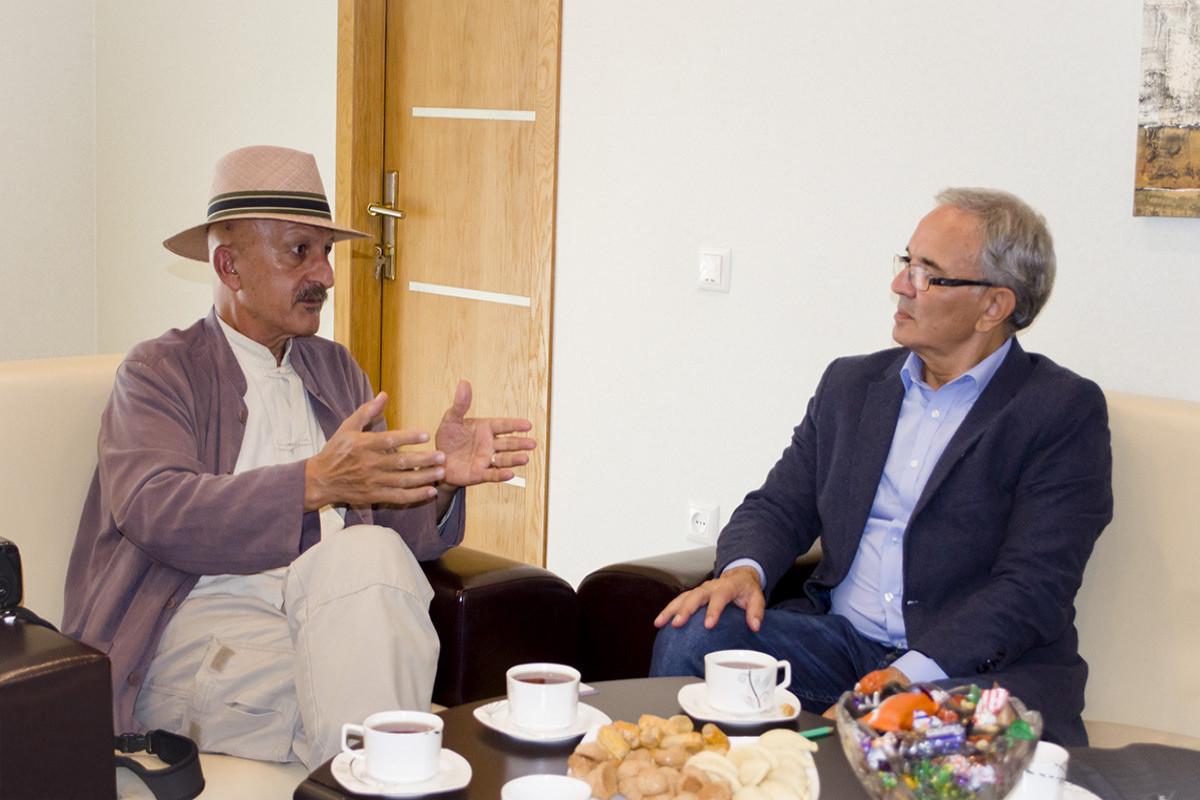 Reza Deghati visits PressCouncilofAzerbaijan