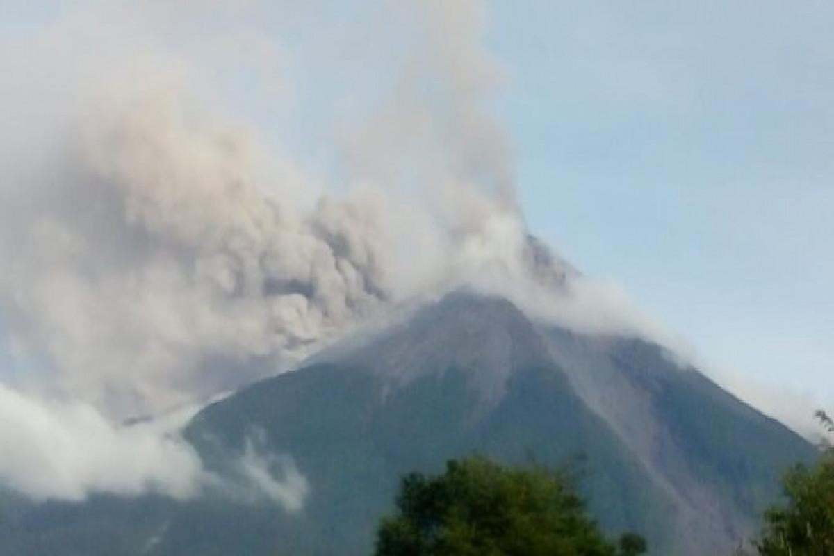 Qvatemalada Fueqo vulkanı püskürüb