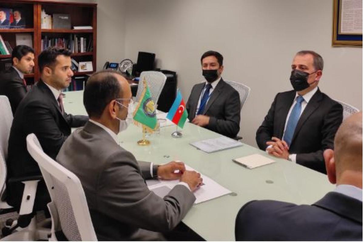 Джейхун Байрамов встретился с генеральным секретарем Совета сотрудничества арабских государств Персидского залива