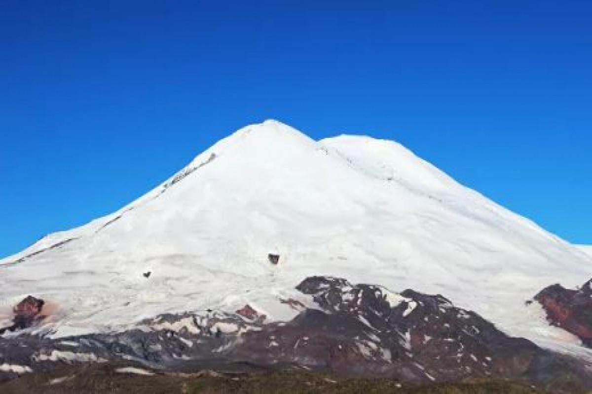 """Число погибших на Эльбрусе альпинистов выросло до пяти человек -<span class=""""red_color"""">ОБНОВЛЕНО-1"""