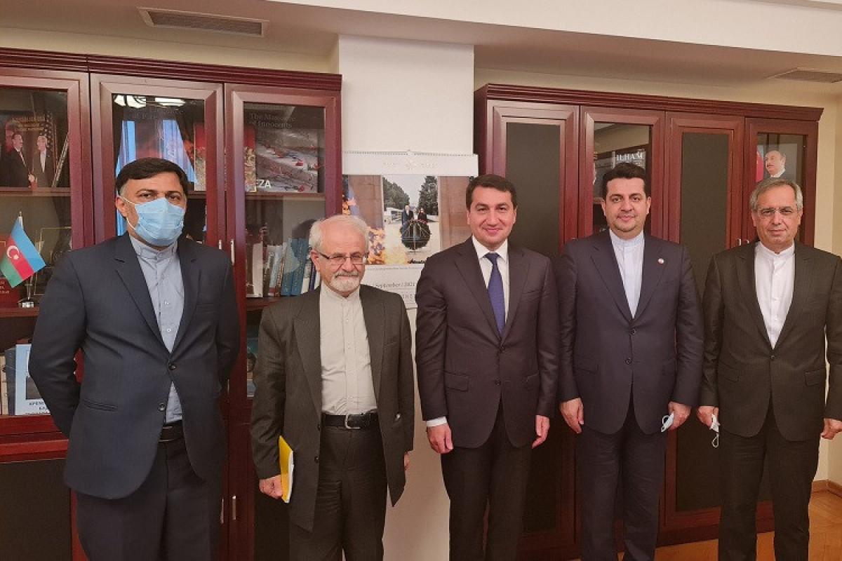 Хикмет Гаджиев встретился с заместителем министра иностранных дел Ирана