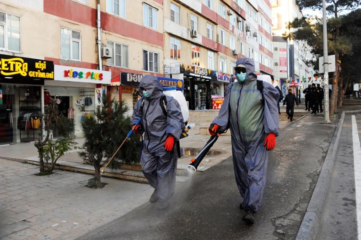 В Баку проводятся очередные дезинфекционные работы-ФОТО