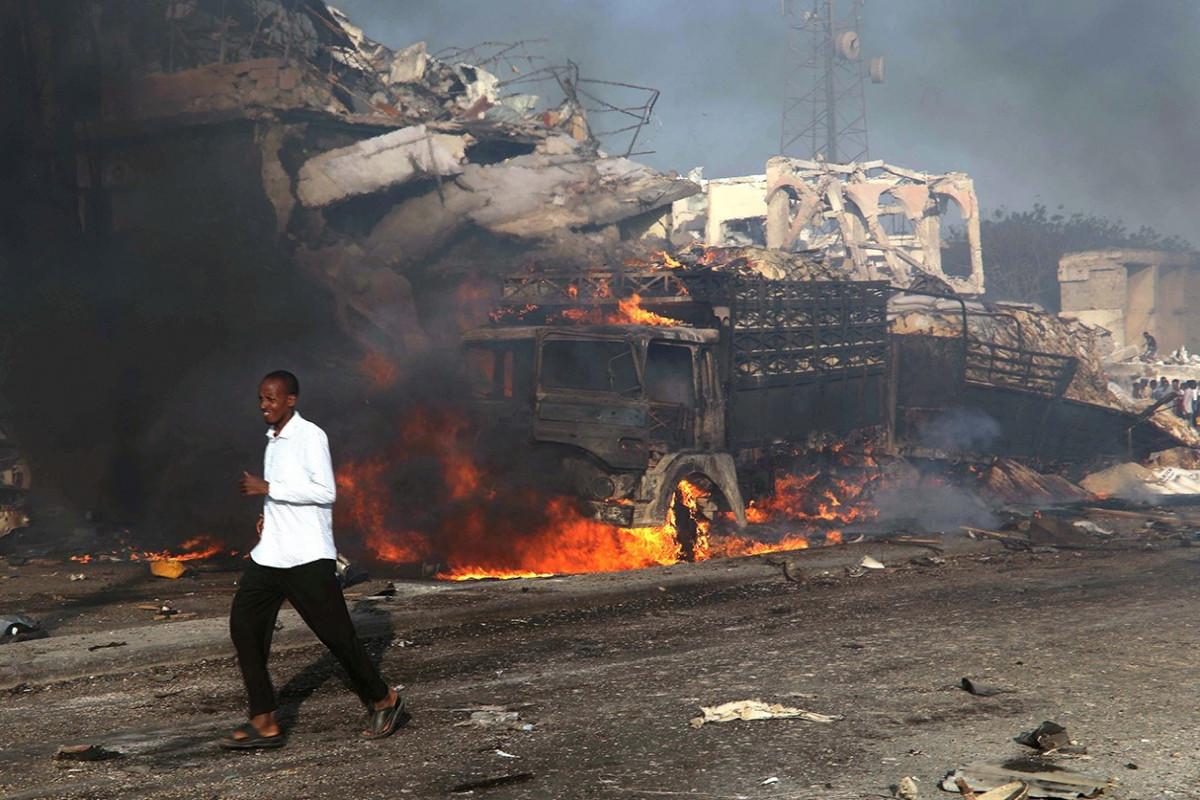 """Somalinin paytaxtında güclü partlayış olub - <span class=""""red_color"""">YENİLƏNİB"""
