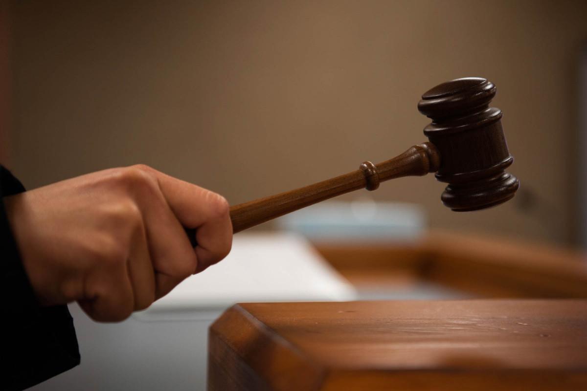 Мужчина, задушивший свою жену в Зардабе, приговорен к 12 годам лишения свободы