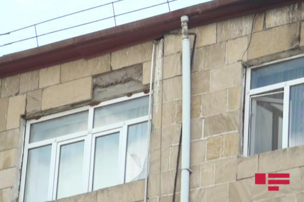 Şamaxıda 45 ailənin yaşadığı bina qəzalı vəziyyətə düşüb - FOTO  - VİDEO