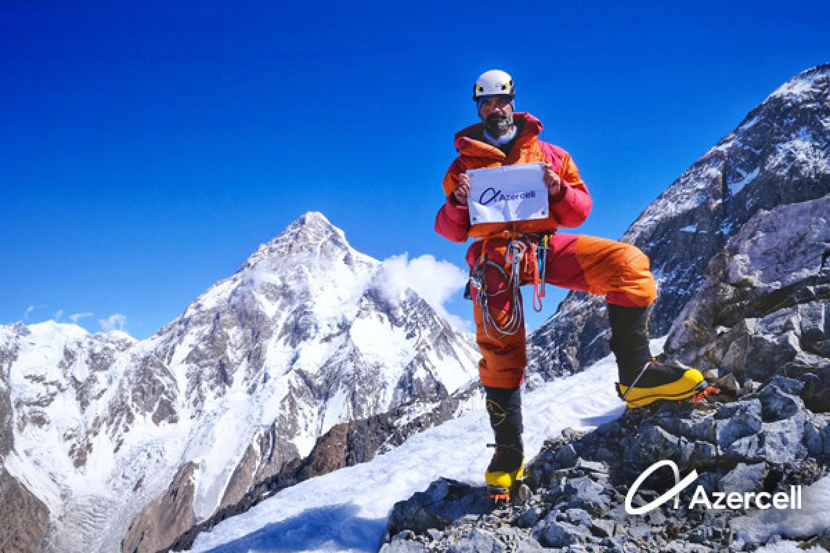Azərbaycanın dünya şöhrətli alpinisti yeni zirvələri fəth etməyə hazırlaşır - FOTO