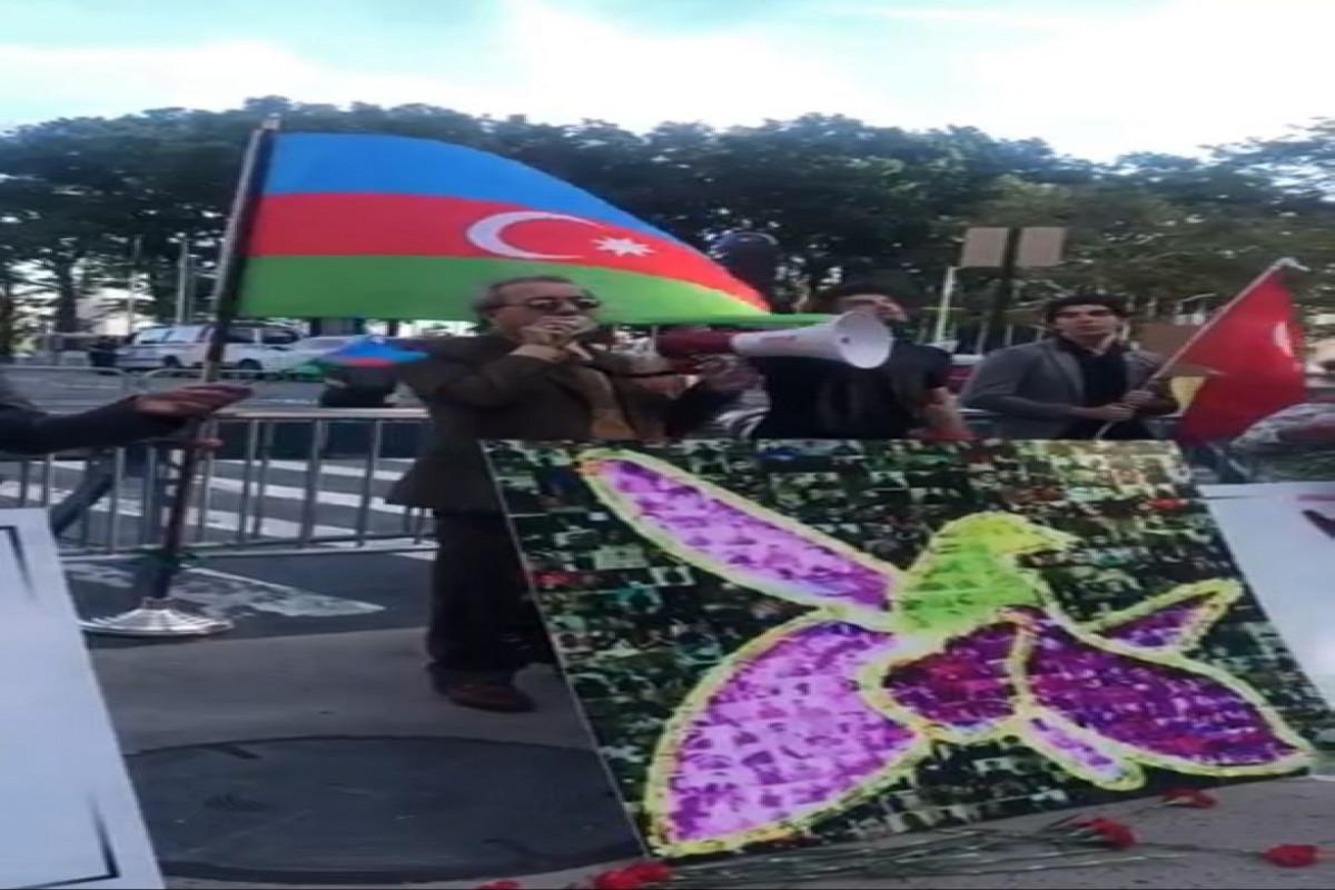 Azərbaycan diasporu BMT-nin baş qərargahı önündə Anım Gününə həsr olunmuş aksiya keçirib