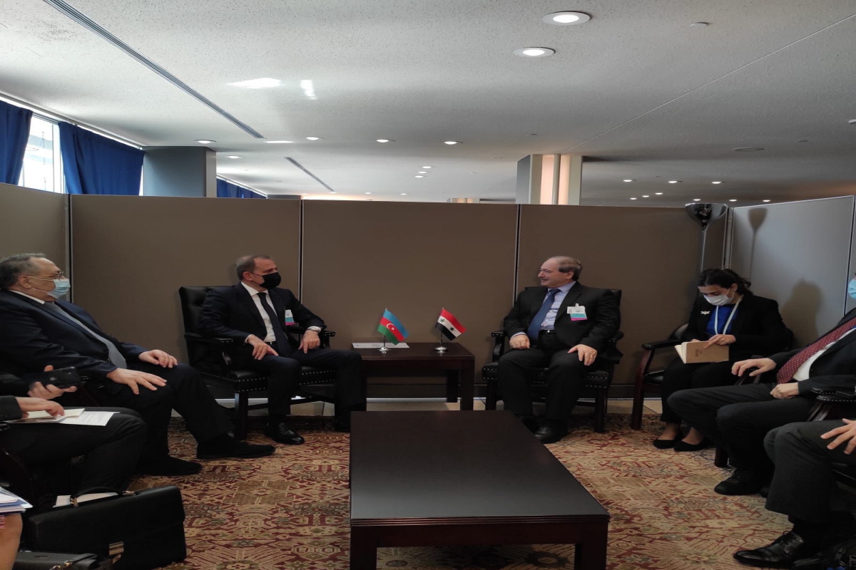 Jeyhun Bayramov met with the NAM Member States' Ministers of Foreign Affairs