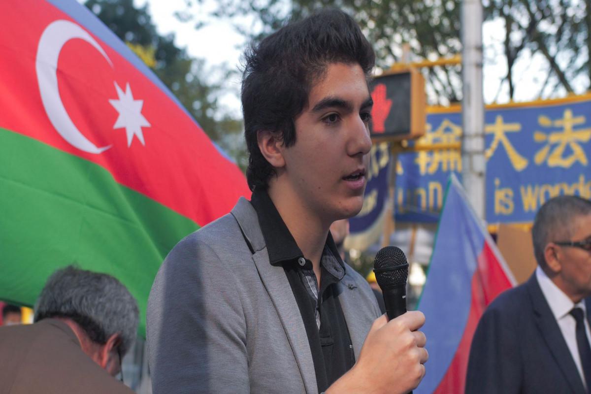 Перед штаб-квартирой ООН прошла акция в честь Дня памяти-ФОТО