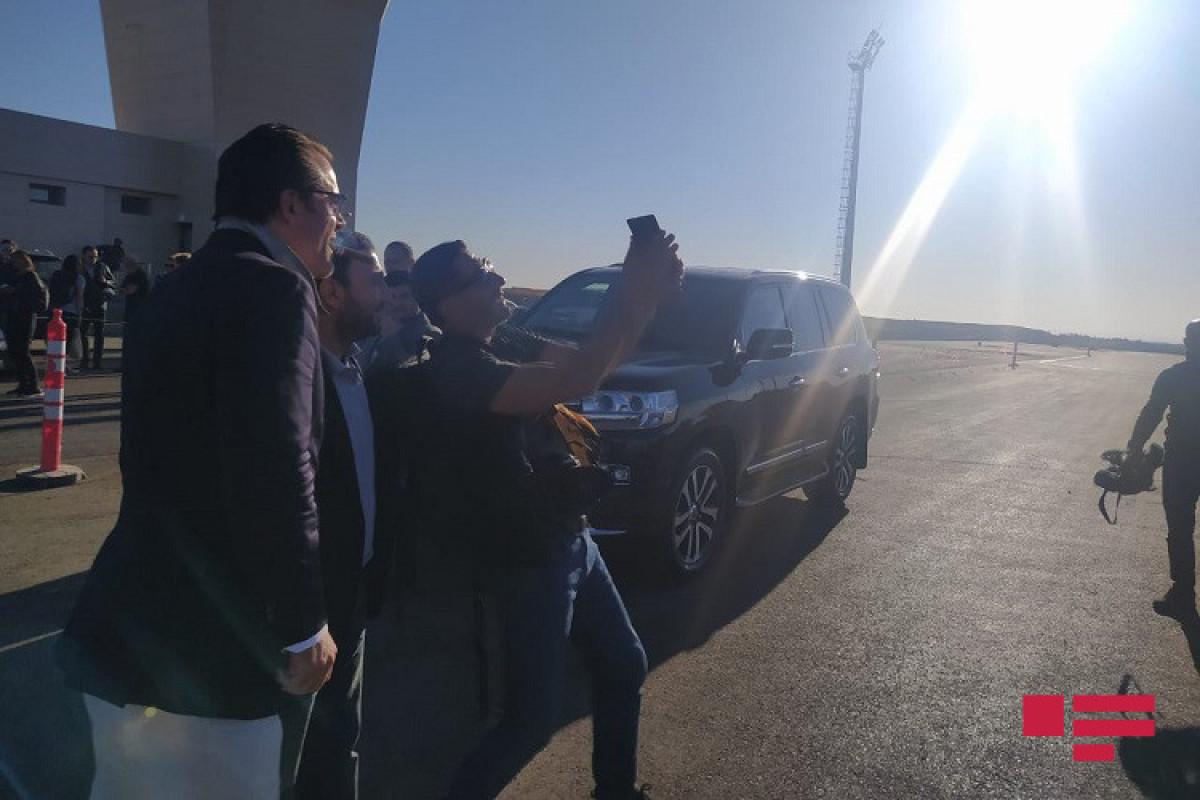 Beynəlxalq səyahətçilər Füzuli aeroportuna kommersiya təyinatlı sınaq uçuşu ilə ilk dəfə Qarabağa səfər edib - FOTO