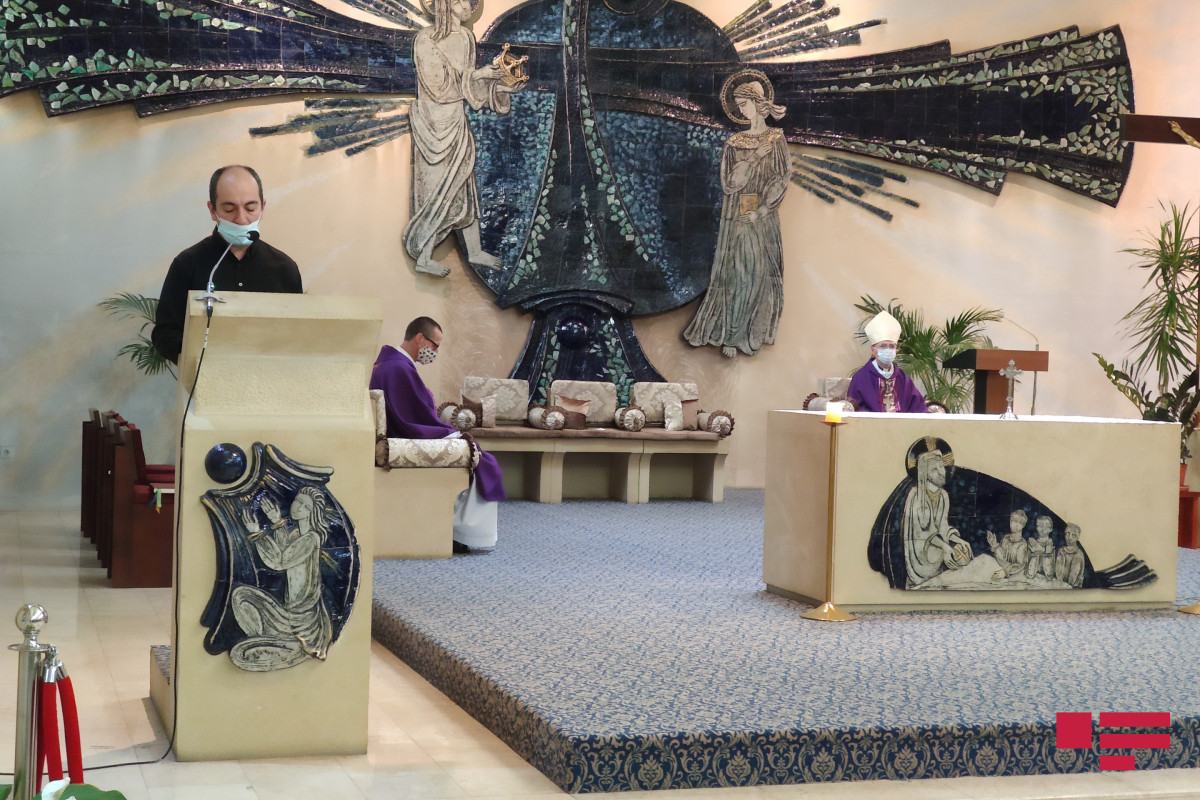 Church of the Virgin Mary's Immaculate Conception holds prayer ceremony in memory of the martyrs