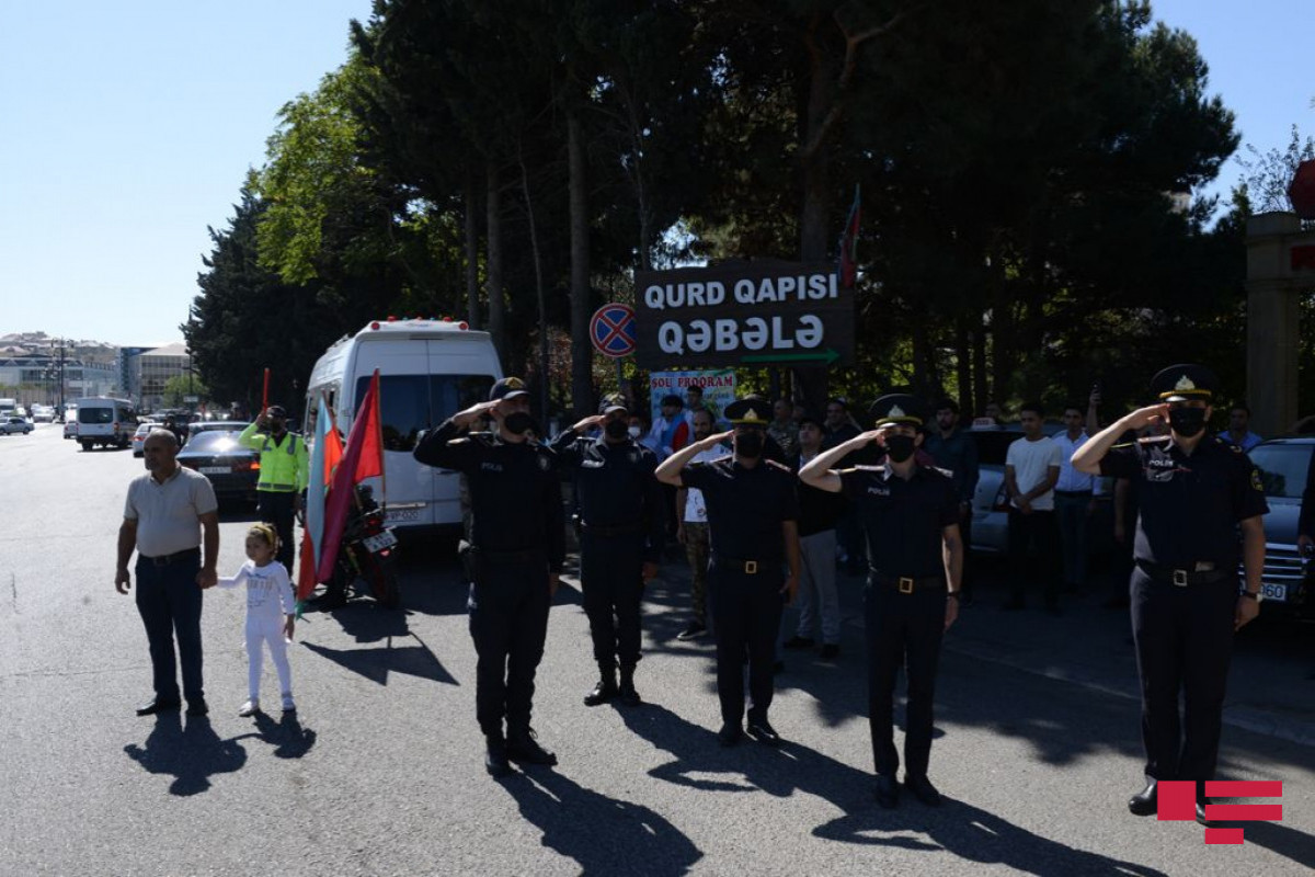 Memory of martyrs commemorated with a minute of silence on Day of Remembrance-PHOTO