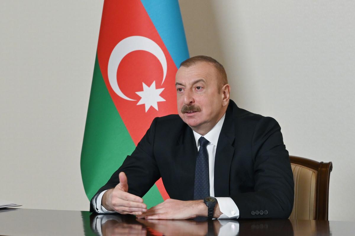 Президент Азербайджана выразил отношение к незаконному въезду в Карабах иранских грузовиков