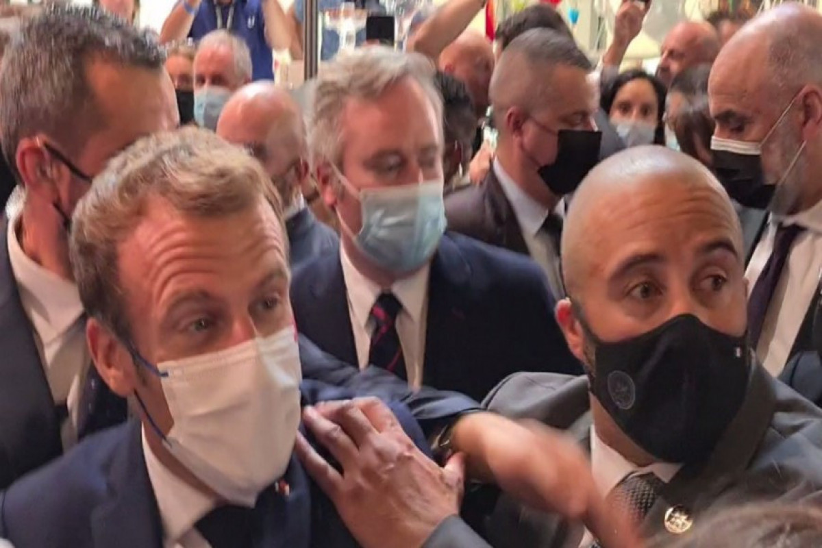 """""""Egg"""" get thrown at French President Macron-<span class=""""red_color"""">VIDEO"""