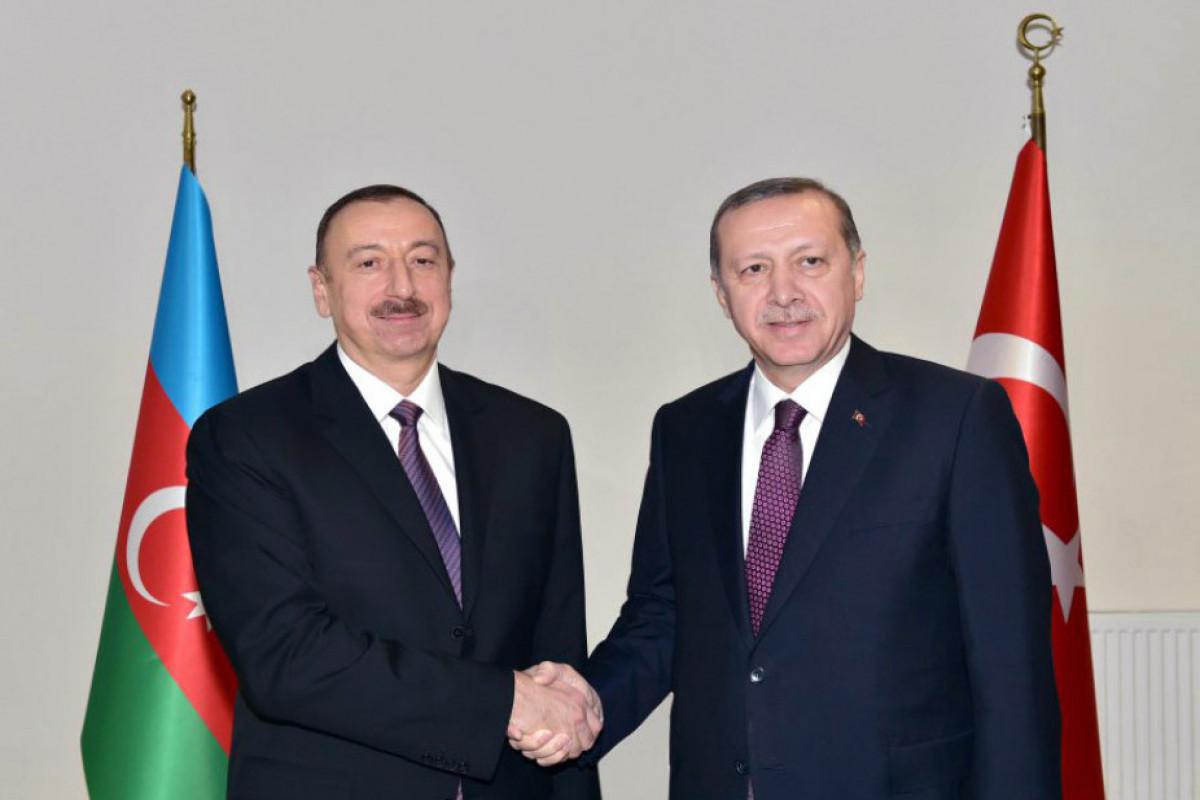 Эрдоган позвонил Президенту Ильхаму Алиеву в связи с Днем памяти