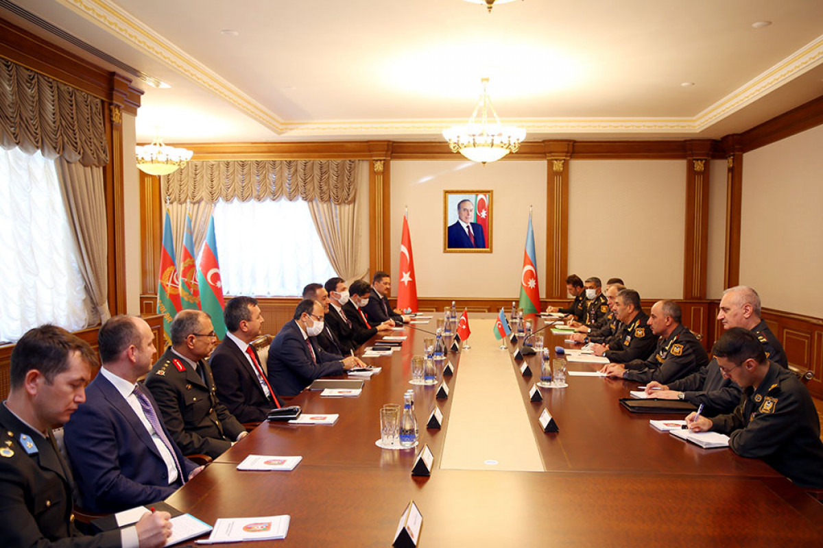 Azerbaijan and Turkey discuss prospects for the development of military cooperation