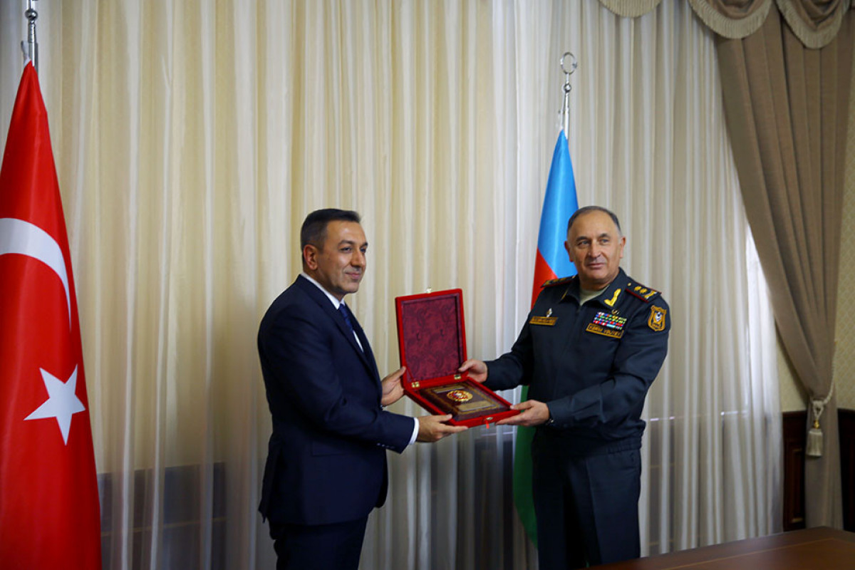 Начальник Генштаба Азербайджанской Армии встретился с замминистра национальной обороны Турции