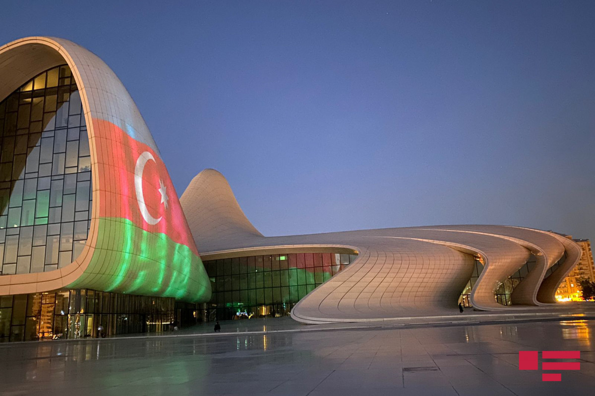 Azerbaijani flag projected on some buildings in Baku on Remembrance Day-PHOTO