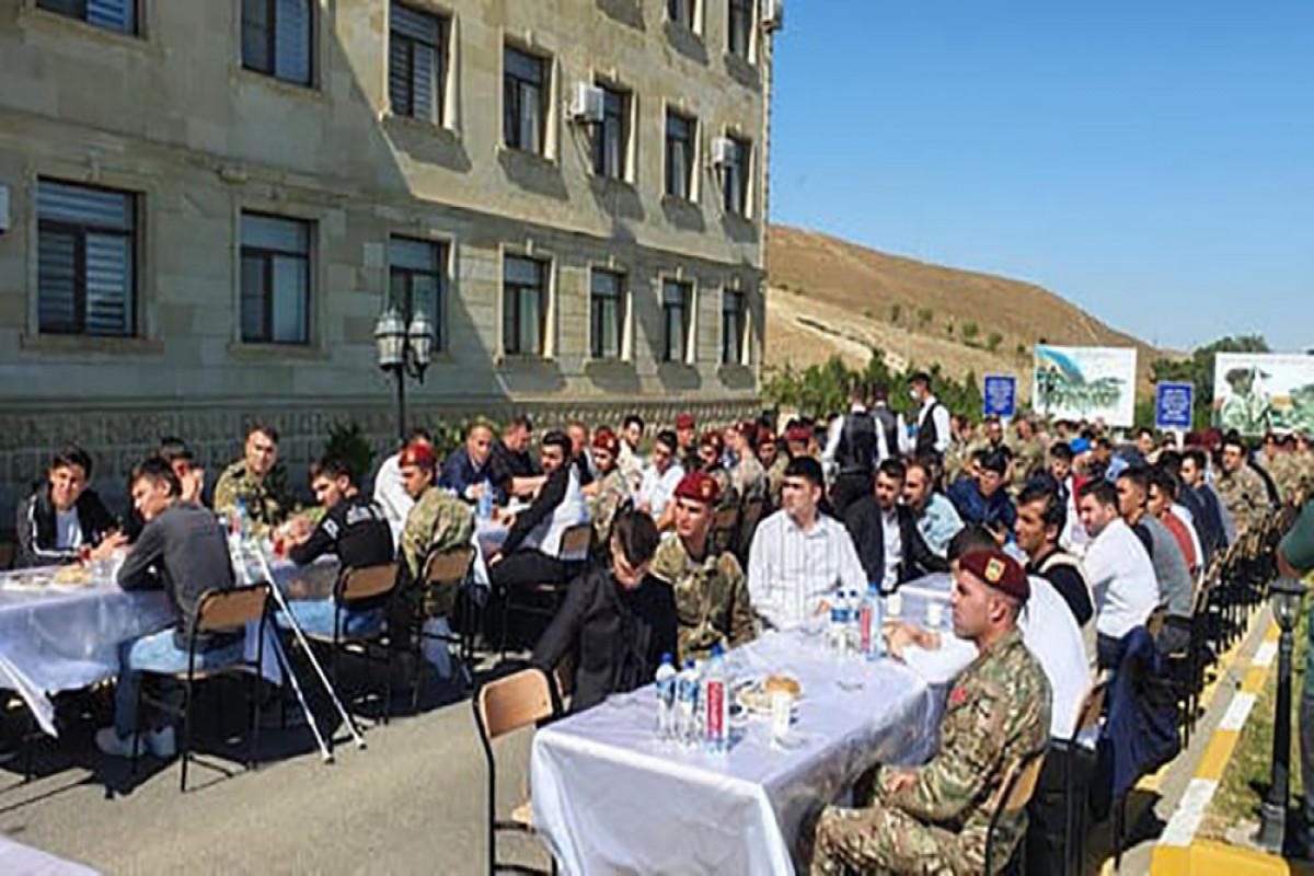 Xüsüsi Təyinatlı Qüvvələrin komandanı veteranlarla görüşüb