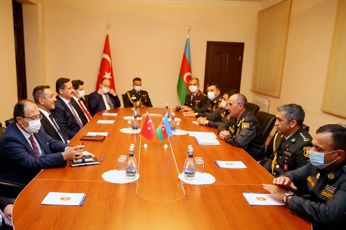 Azerbaijan and Turkey discuss the issues of military-technical support