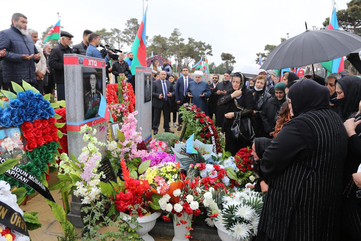 Azərbaycandakı dini konfessiya rəhbərləri II Fəxri xiyabanı ziyarət edib - FOTO