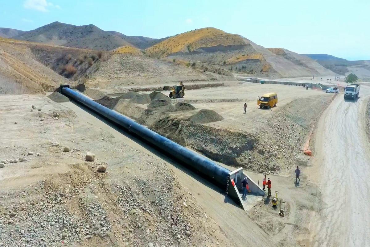 Строительство автодорог Худаферин-Габадлы-Лачин и Ханлыг-Губадлы продолжается высокими темпами