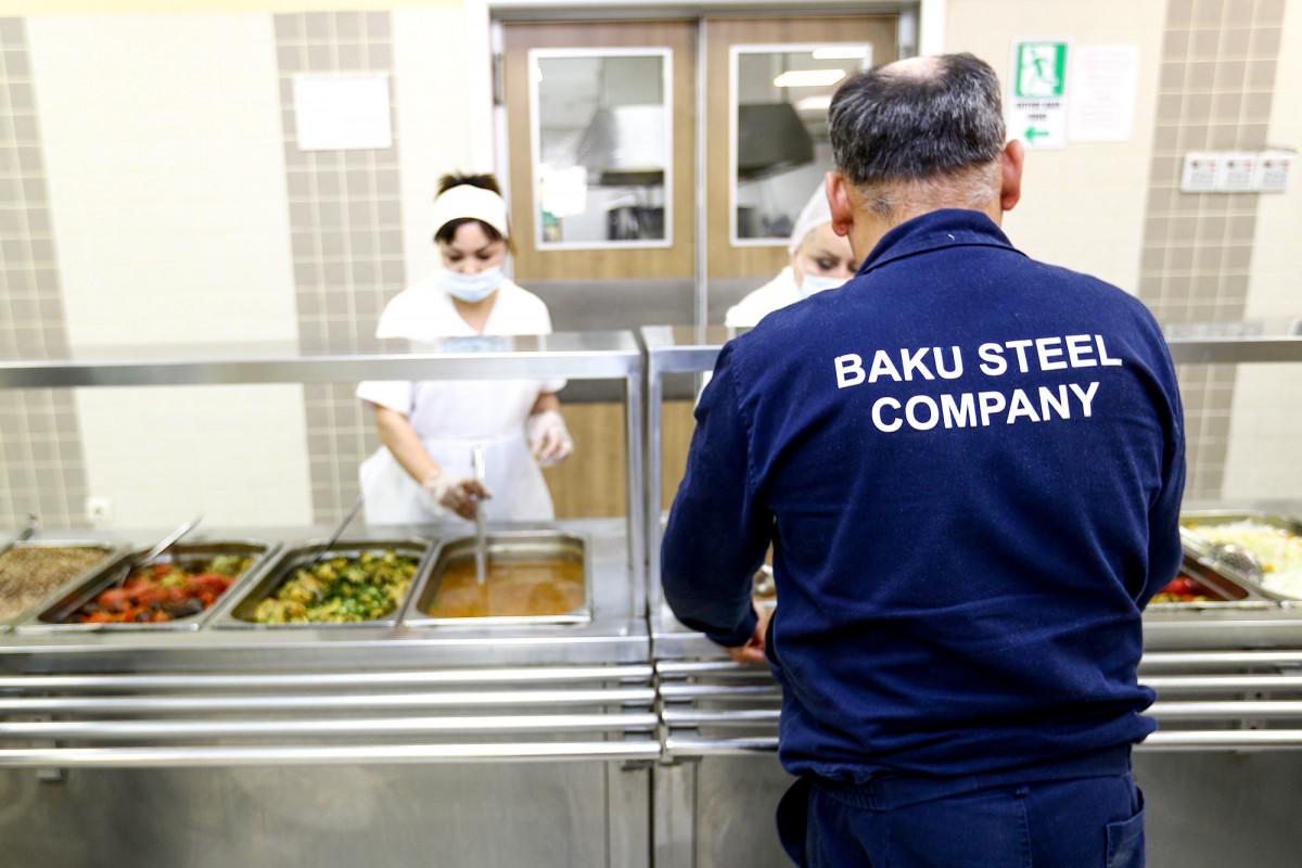 """Yenilənən """"Baku Steel Company""""də işçilərə diqqət və qayğı artırılır - FOTO"""