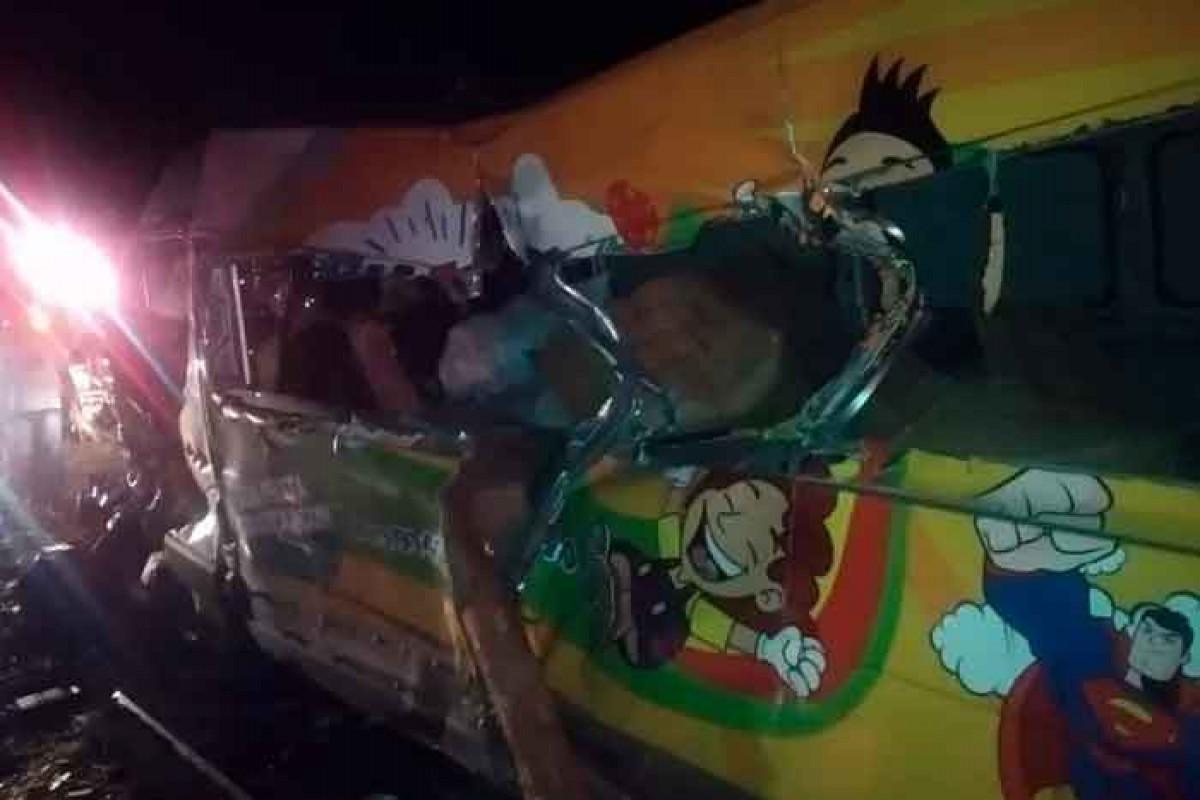 Braziliyada baş vermiş avtoqəzada 12 nəfər ölüb - FOTO
